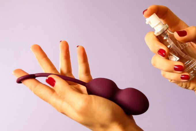 čiščenje erotične igračke